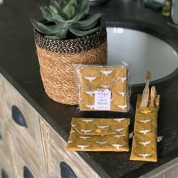 Duo pochettes à savon et brosse à dents grues