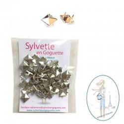 Clous à griffes pyramide argent 8 mm