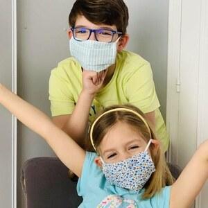 // MASQUES ENFANTS // Ouverture de la boutique dimanche pour les derniers masques enfants avant la rentrée de lundi. . Ouverture en click and collect dimanche entre 11h et 12h . Faites passer le message . . . #masquesenfants #masquestissus #masques #sylvetteengoguette