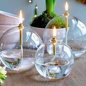 🤩 Les lampes à huile font leur grand retour chez Sylvette en Goguette !!Vous les attendiez avec impatience ? Elles sont là ! 🤯🎁AVEC PLEIN DE NOUVEAUTÉS🎁 Les rondes striées, les galets striées de toutes les tailles...🕯Ces jolies lampes sont de fabuleuses bougies éternelles. Elles sont parfaites en intérieur comme en extérieur.🌿 Ça vous tente une terrasse ou un jardin décoré de lumières cet été ?Disponible sur le site web 🛍#ConceptStore #ConceptStoreParis #CommerceLocal #CommerceDeProximité #BoutiqueEnLigne #BoutiqueDeCreateurs #CreateursFrancais #Paris #RégionParisienne #Clamart #Bijougrave #Bijouxgravés #Collier #Bracelet #Broches #AccessoiresD14 #Décoration #Déco #homedeco #home #homesweethome #appartement #LifeStyle