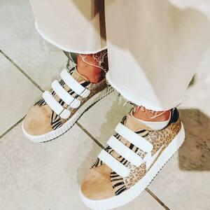 // QUAND @cloolife LE DIT // . .c'est ma fav shoes 👟 J'adore . Elles sont nouvelles .il y a toutes les pointures mais pas pour longtemps .vois pouvez les commander via insta .laissez moi un MP . On expédie PARTOUT 🌍 . . . . #basketéclair #sneakersaddict #basketaddict #shoeslover #shoesoftheday #vanessawu #buzz #bloggerlife @cloolife #collaboration #bloggers #bloggerstyle #sylvetteengoguette #boutiquecreateurs #petiteboutique #clamart