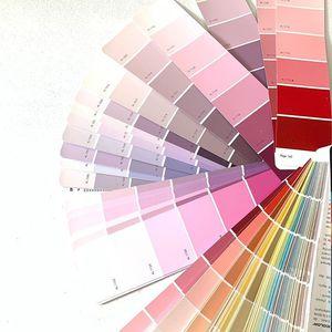 //CHOISIR SA COULEUR// Quel enjeu!!! Allez on fait quoi ROSE ROSE ou ROSE... Je suis perdue! Je ne sais pas quel #rose choisir . . . #lestravauxavancent #clamart #conceptstore #renovationproject #peinture #couleurpastel #ouverture_prochaine